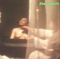 As mamas da actriz Elsa Valentim (topless em 1990)