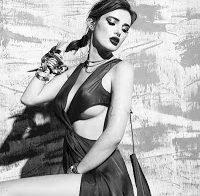 Bella Thorne mostra a sua sensualidade