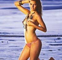 Joana Vieira topless na Revista Vidas (2009)