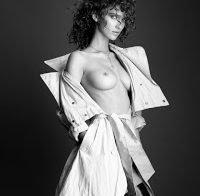 Paula Bulczynska topless num ensaio