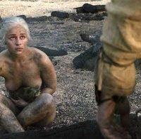 O maravilhoso corpo da Emilia Clarke