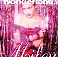 Miley Cyrus sensual na capa de Wonderland