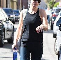 Olivia Wilde com leggins bem justas