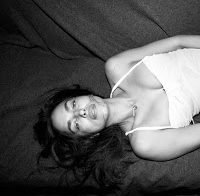 Irina Shayk sensual na Vogue alemã (2018)