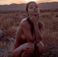 Marisa Papen nua em fotos sensuais