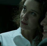 "María Pedraza topless (Alison Parker da série ""La Casa de Papel"")"