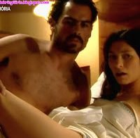 Adelaide de Sousa sensual na cama (2000)
