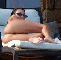 O belo rabo de Kourtney Kardashian