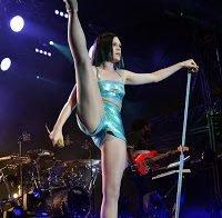 A Jessie J nua em 33 fotos!