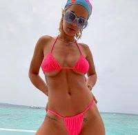 Biquini revelador de Rita Ora (2019)
