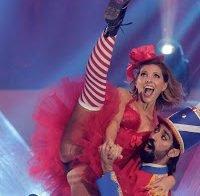 Upskirt de Sónia Araújo no circo de Natal (fotos HQ)