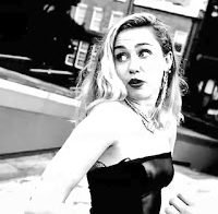Miley Cyrus tem nip slip no Instagram