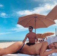 Fruzsina Molnar Topless em Miami