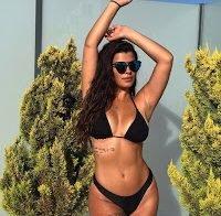 Sofia Sousa sensual de biquíni nas redes sociais