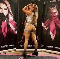 As fotografias mais sensuais da cantora brasileira Lexa