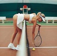 Modelo Katrina Novikova despida nas redes sociais
