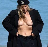 Kate Moss topless em ensaio em Miami