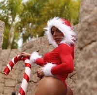 O rabo de Suzy Cortez num ensaio natalício