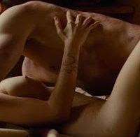 Elizabeth Olsen, atriz que fez de Feiticeira Escarlate, nua