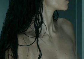 Alba Flores (Nairobi) topless