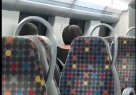 Jovens fazem sexo a três em carruagem da CP