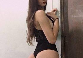 Bianca Silva mostra rabo e mamas no Instagram