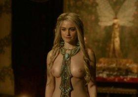 Alicia Agneson nua na série Vikings
